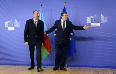 Azerbaijani President Aliyev with European Commission President Barroso before meeting on 21 June