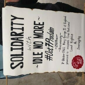 Solidarity scroll