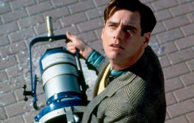 The Truman Show - Truman comes upon a stage light that has fallen from a clear blue sky