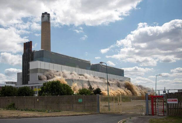 Kingsnorth Powerstation being detonated during demolition 9th July 2015