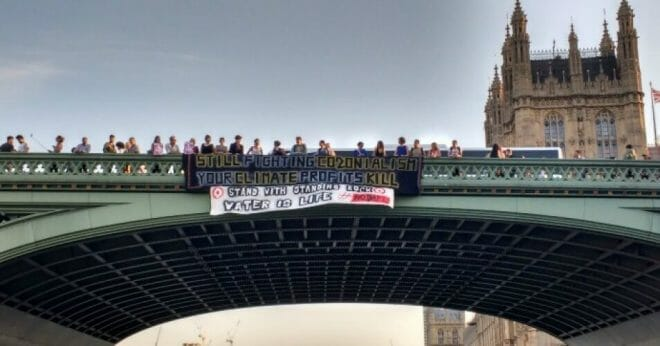 Banner against DAPL on Westminster Bridge over the River Thames -Tuesday 13th September
