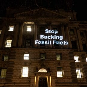 Government issues nearly £2 bn for fossil fuels abroad... and 0.0005 as much for renewables